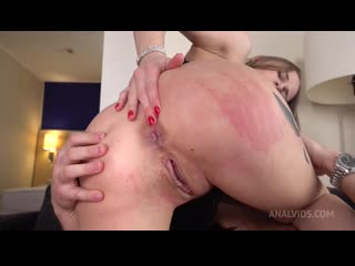18+ Jenny Manson  кастинг в порно молодой студентки