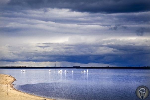 ДВЕРИ В АРКТИКУ Влюбиться в Крайний Север: Архангельск и старинный поморский город Мезень. Крайний Север места, где все ощущается по-другому. Невозможно остаться равнодушным к природе этого