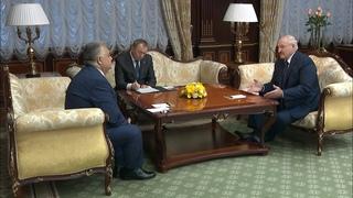 Лукашенко: Вы не прогнулись под давлением западных государств!