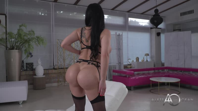 Janice Griffith Solo Squirt
