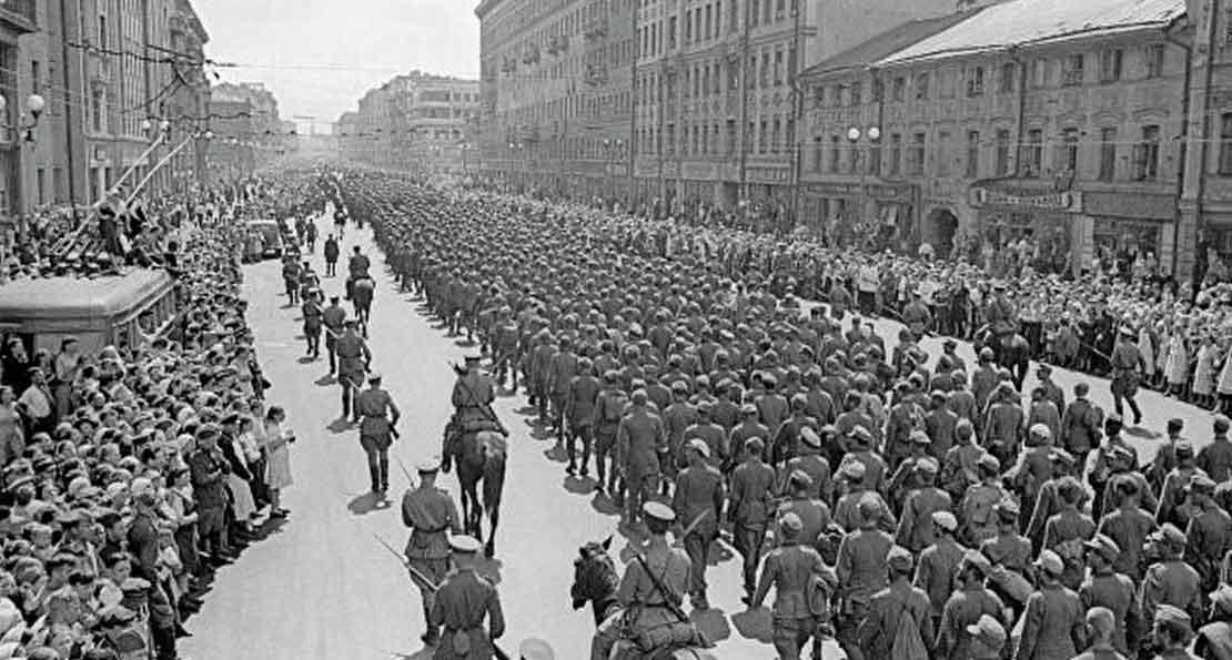 Пленные немцы в Москве