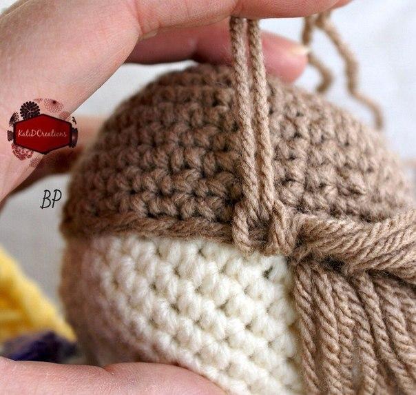 Прическа вязаной куколке. Мастер-класс