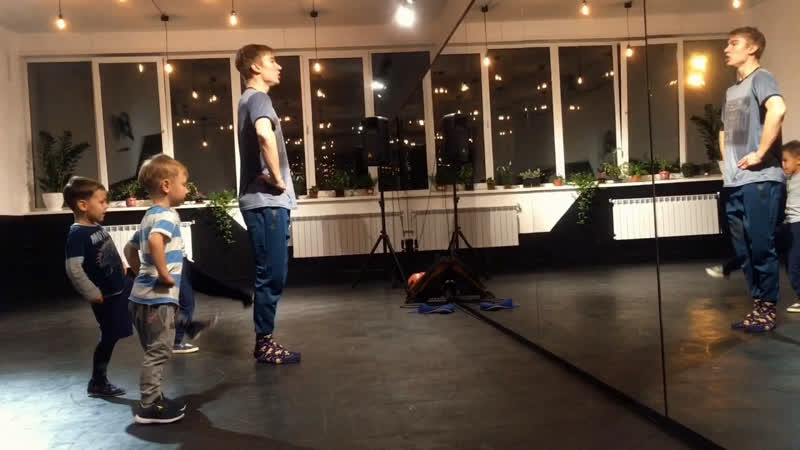 ДЕТСКИЙ КЛУБ «ИЗИКИ» | EASY DANCE STUDIO