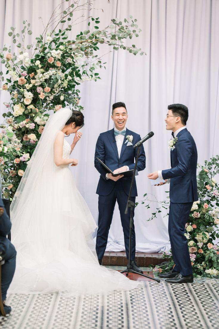 0Kr6t5kuP4E - Красивая свадьба на западном побережье