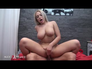 Briana Bounce - Sextape of a real couple on a honeymoon in Paris [All Sex,Blowjobs,Threesome,POV,New Porn 2020]