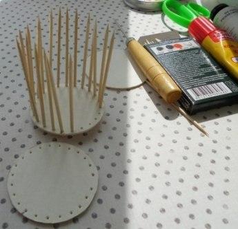 Простой способ смастерить декоративную клетку из картона и...