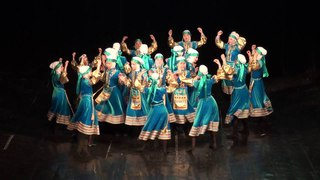 Танец некрасовских казачек