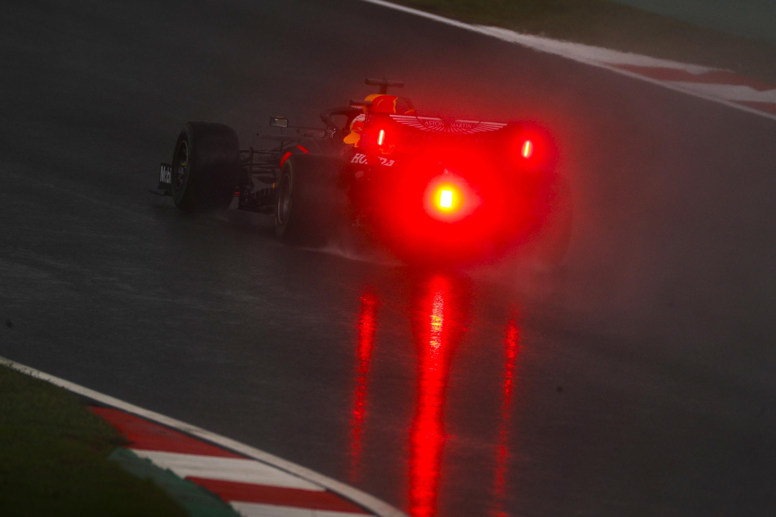 Болид Формулы-1 в Турции