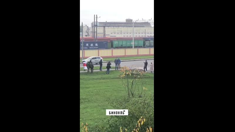 Отморозок напал на людей в Бресте