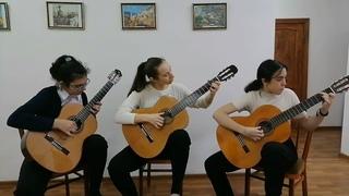 В контакте с гитарой трио «Grazia» в составе: Тузова Руслана, Самсонова Алеся, Асварова Хадижа
