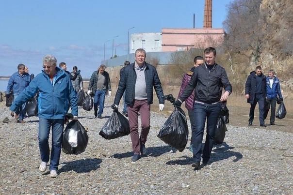Сергей Фургал Сергей Фургал, выигравший губернаторские выборы в Хабаровском крае 2018 года с убедительным результатом 69,62 %, человек с непростой биографией. В ней значатся медицинское