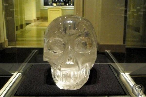 Кем и когда создан таинственный хрустальный череп Майя