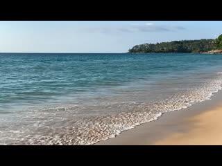 Пляж Сурин, Пхукет