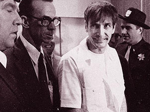Убийца Гэри Гилмор, невольный соавтор найковского слогана Just do it. США, 1976 год. Да, обычный душегуб; убил нескольких человек, причём просто так, без видимых причин, при ограблении. К