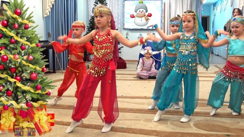 Новогодний утренник в Детском саду Сказка Дед Мороз и баба Яга путешествуют по странам