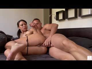 Cassie Del Isla Snetterton порно 2020