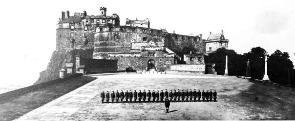 Гордонские хайлендеры в Эдинбурге перед отправкой на войну в августе 1914г.