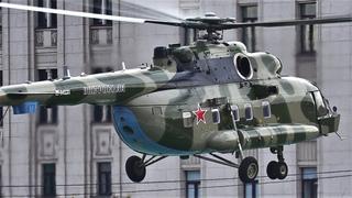 Вертолет Ми-8АМТШ-1  заход на посадку и взлет в центре Москвы /Helicopter/ Россия /