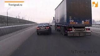 Видео момента смертельного ДТП под Тверью