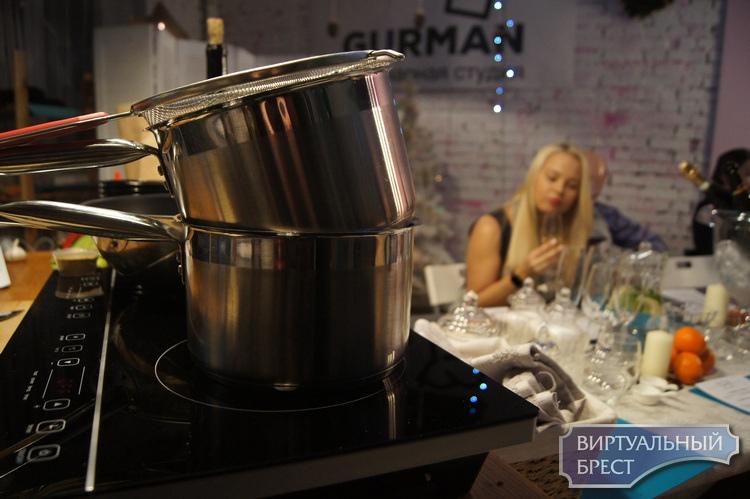 Как мы учились готовить гриссини с прошутто, тальятелле с мидиями и тирамису