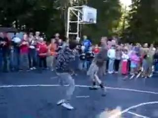 Батл-Мафон vs Килька ! В спортивном лагере ))) давно это было)))))