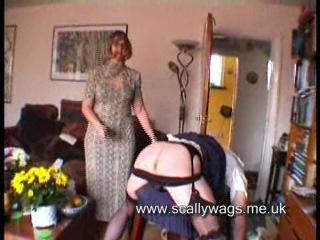 Видео госпожа раб розги