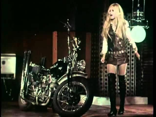 Brigitte Bardot Harley Davidson 1967