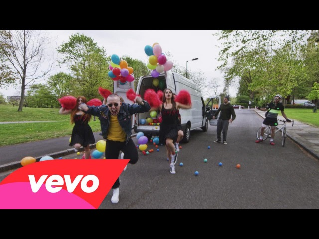 Slaves Cheer Up London Official Video