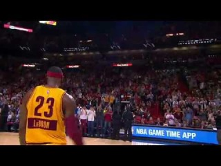 Fans in Miami Give LeBron James a Standing Ovation