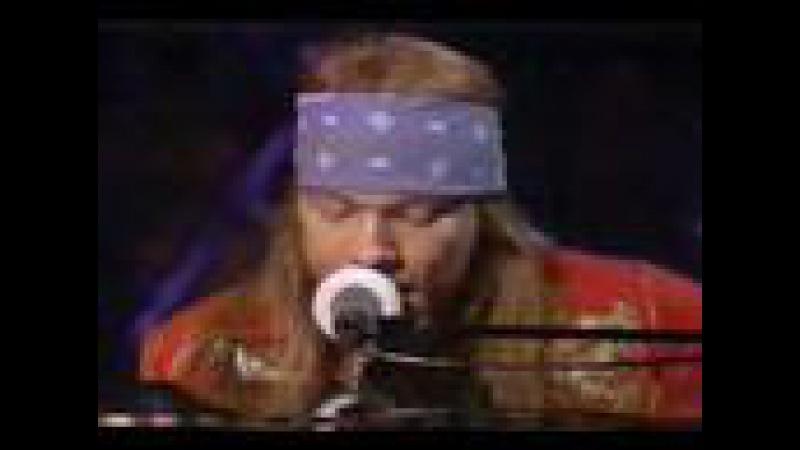 Guns N' Roses Ft. Sir Elton John Playing November Rain