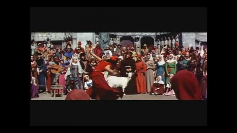 Gina Lollobrigida, EsmeraldaS SONG-1956