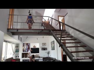 Мать пришла рано домой а там дочь с парнем 18+ #порно #porn #девушка #красавица #секси