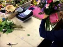 Составление букетов потрясающий букет из роз, гербер и лилий своими руками курсы флористики.