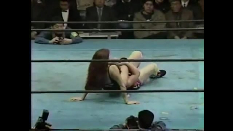 Japan Girls Cynthia Moreno vs Tomoe Araya IWA Japan Deathmat