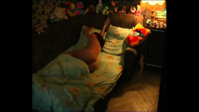 Рот онлайн ххх мастурбируют дома снимая на видео девушка