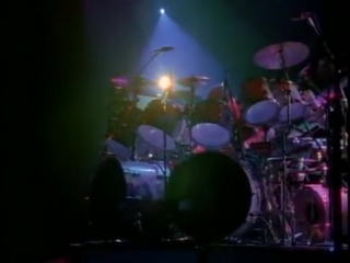 Rush yyz [neil peart drum solo] (live 1988)