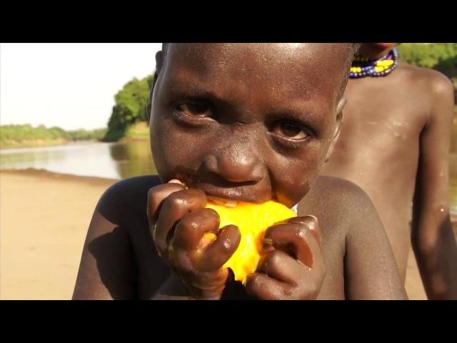 LES PEUPLES DE L'OMO ETHIOPIE VERSION COMPLETE 52' Muammer YILMAZ Philippe FREY