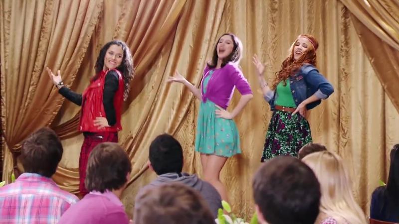 Violetta Momento Musical Naty Fran y Camila interpretan Encender nuestra luz