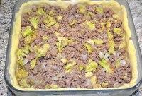 Открытый мясной пирог  Ингредиенты: Для теста: - 200 г картофеля (одна...