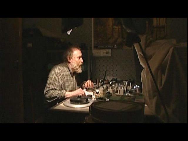 Автор ирежиссер фильма Вышел ежик изтумана освоем герое Юрии Норштейне
