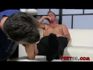 Sex_gay_feet_old_man_scott_has_a_new_foot_slave(gay,gaysex,gayporn,gay-fetish,gay-foot,gay-feet,gay-toe).mp4