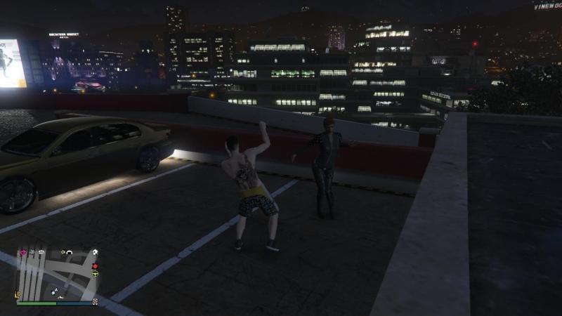 GTA5 на парковке синие мы танцуем под минимал