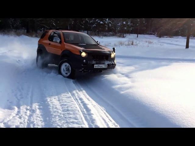 ISUZU Vehicross 5MT in Snow