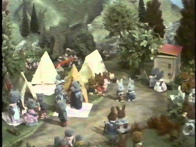 SYLVANIAN FAMILIES Stories told by Bernard Cribbins (1988) IN ENGLISH