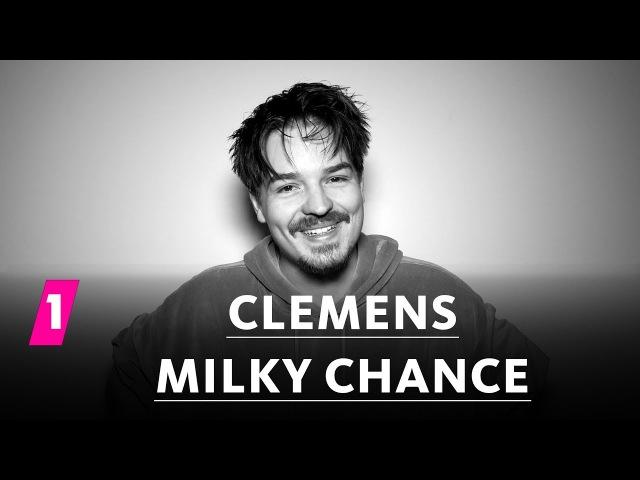 Clemens von Milky Chance im 1LIVE Fragenhagel 1LIVE