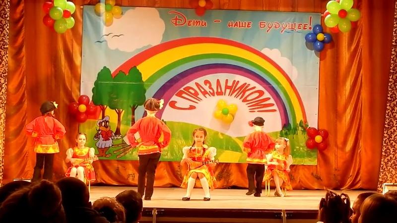 Девушки фабричные. Танец. Детский сад РОСИНКА.