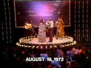 The Midnight Special Legendary Performances - 08 - John Denver & Cass Elliot - Leaving On A