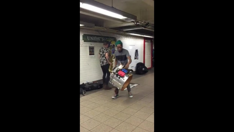 Sax Drummer RULING the NYC metro