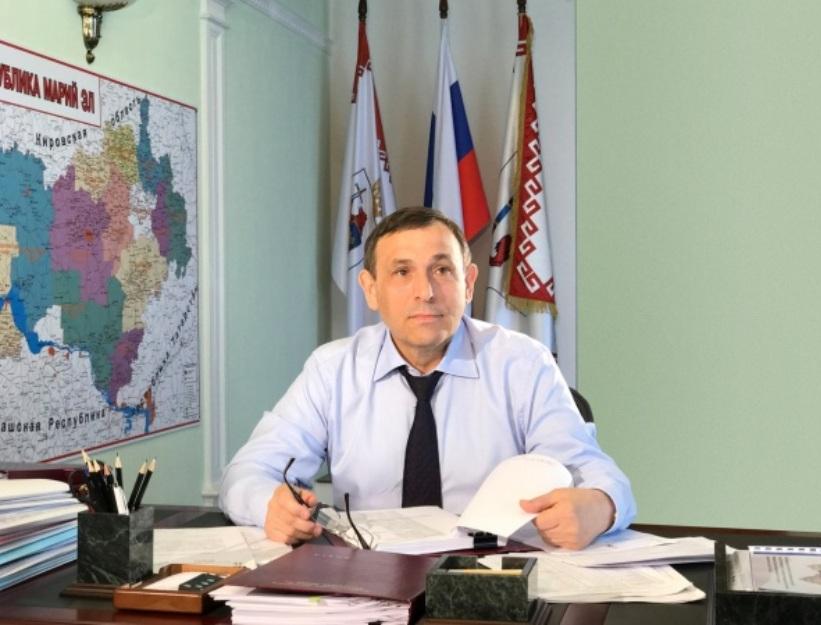 Глава Марий Эл поздравил жителей республики с Днем Государственного флага Российской Федерации