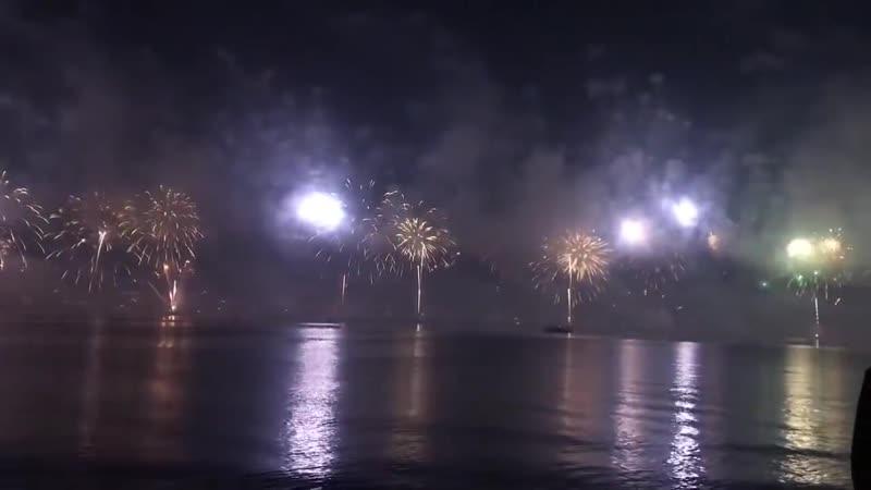 Новогодний салют 2019 на острове Аль Марджан Рас аль Хайма ОАЭ
